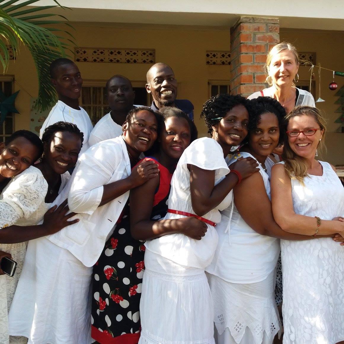 Gruppenbild Birungi- Team und Gast